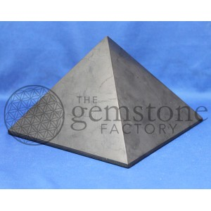 Shungite Pyramid 150mm