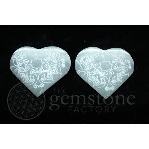 Selenite heart 65-75mm Engraved
